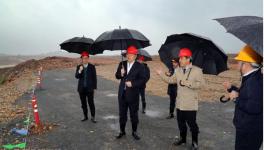 高登榜赴省内沿江企业检查环保工作